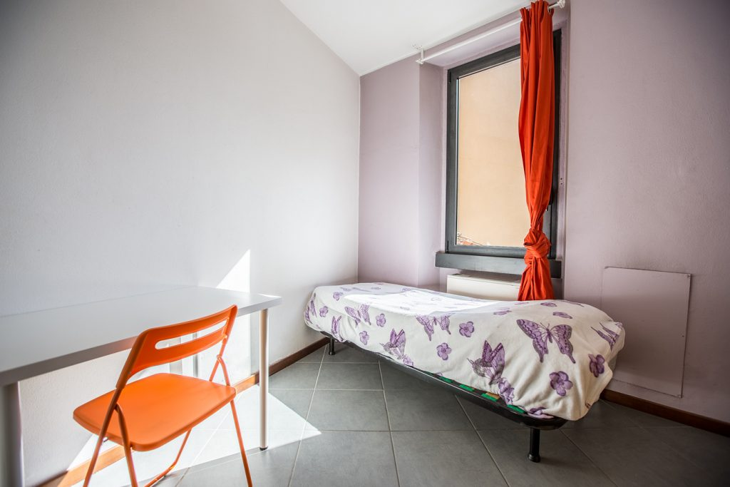 Student Accomodation for rent in single room in Via Gaetano Osculati, 15, 1° floor, in Milano, Italy
