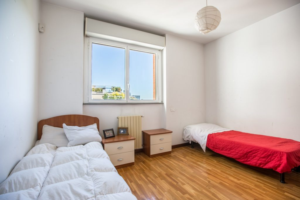 Student Accomodation for rent in double room in Via Carlo Perini, 18, 5° floor, in Milano, Italy