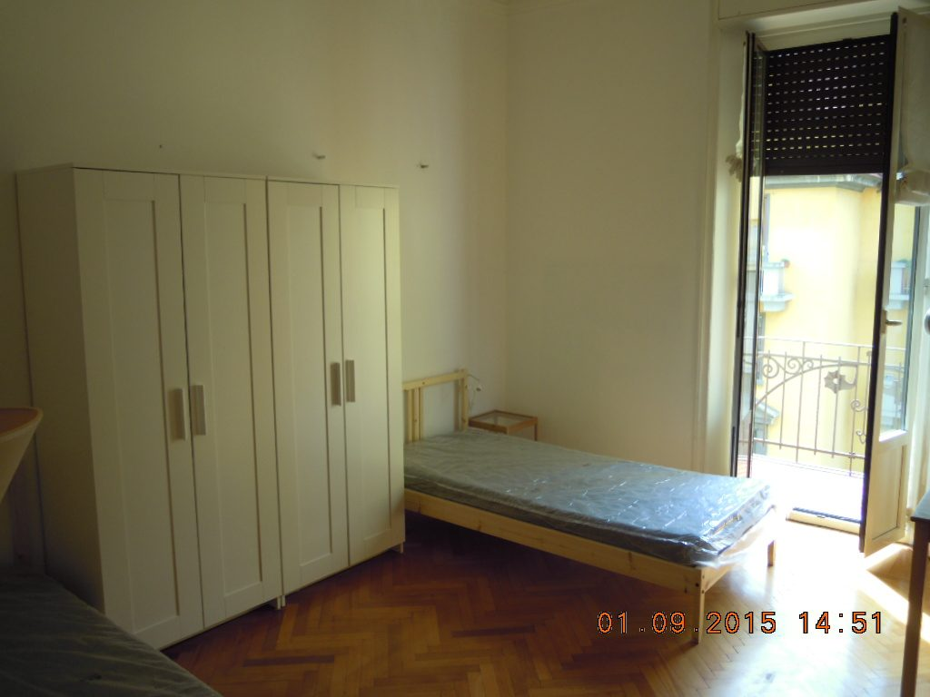 Student Accomodation for rent in double room in Via della Sila, 34, 3° floor, in Milano, Italy